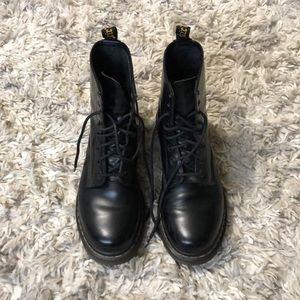 Dr. Martens Airwalk boots